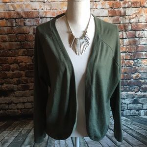 Sweaters - Olive green cardigan great condition Sz L🥒🥦